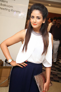 Parul Yadav Pictures at South Scope Calendar 2014 Launch  (39).jpg