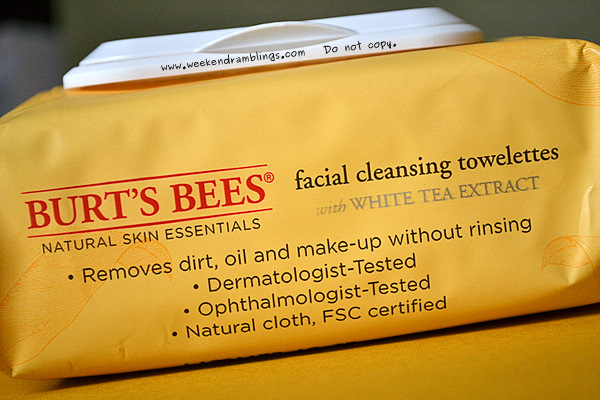 Burts Bees Facial Cleansing Towelettes with White Tea Extract reviews ingredients skincare blog cleanser makeup remover