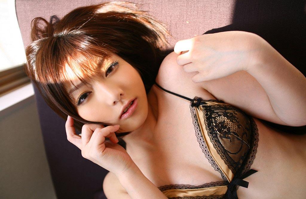 beautiful japanese model yuka kyomoto 4
