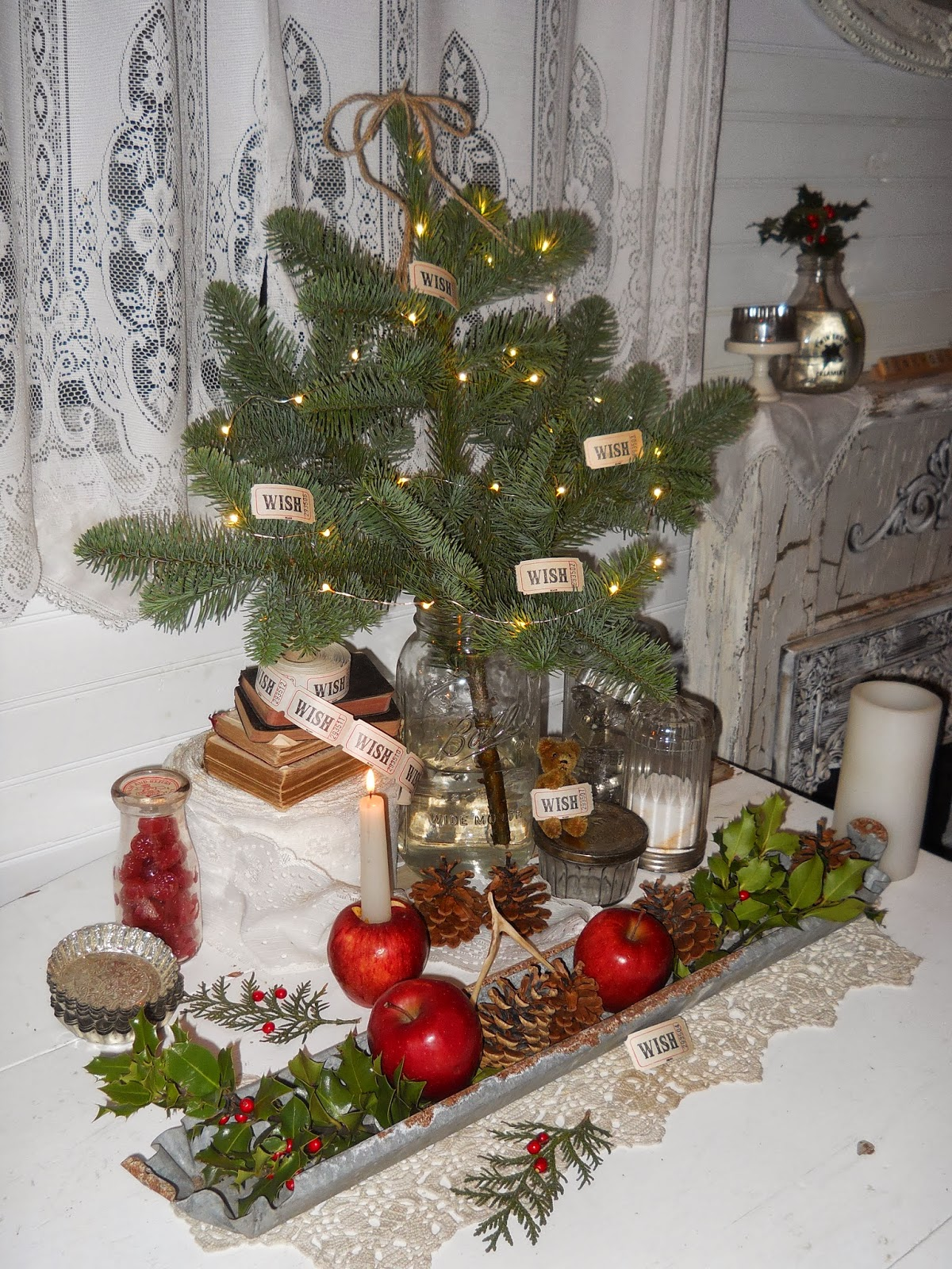 Shabby chic tiny retreat christmas wishes for Decorare stanza shabby chic