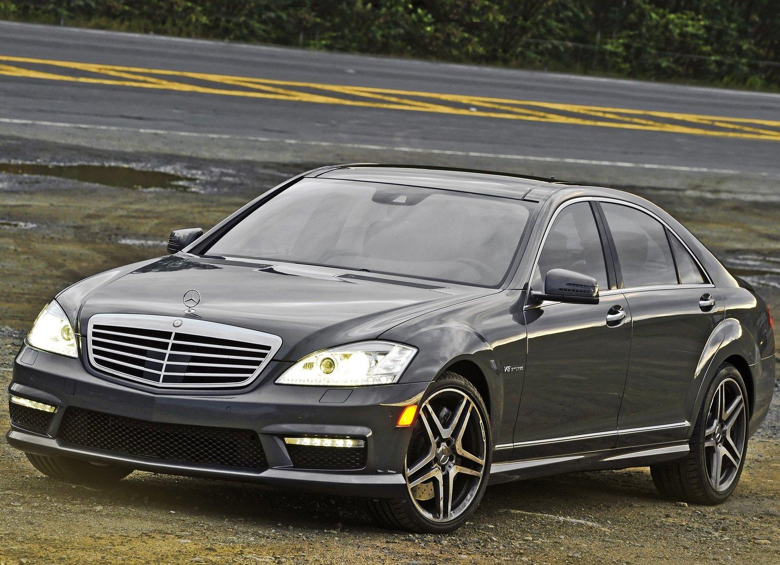 http://4.bp.blogspot.com/-NjLDvMC_OW4/TfCAkpHf2eI/AAAAAAAAA6c/1BZT_78q9B0/s1600/Mercedes-Benz-S63_AMG_2011_1600x1200_wallpaper_13.jpg