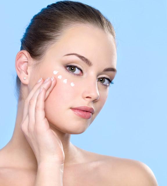 Beauty & Skincare Tips Eye Moisturizers