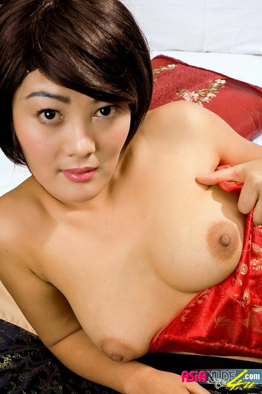 XBABES: Busty Chinese Asianude4u Babe Greasy Nude Posing (95 photos)