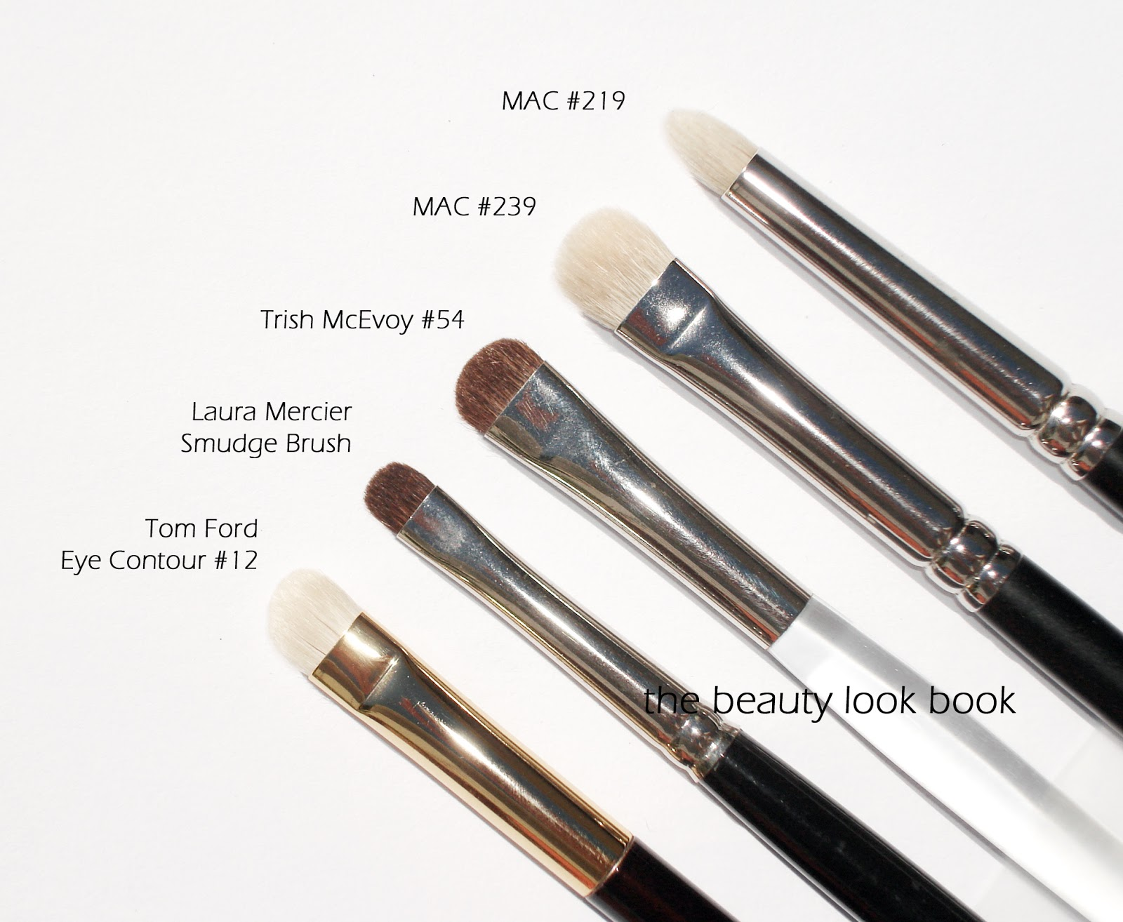 Tom Ford Eye Shadow Contour Brush #12 | The Beauty Look Book