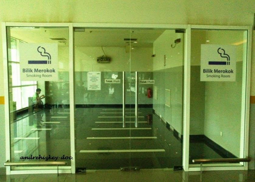 smoking room terminal besepadu selatan kuala lumpur