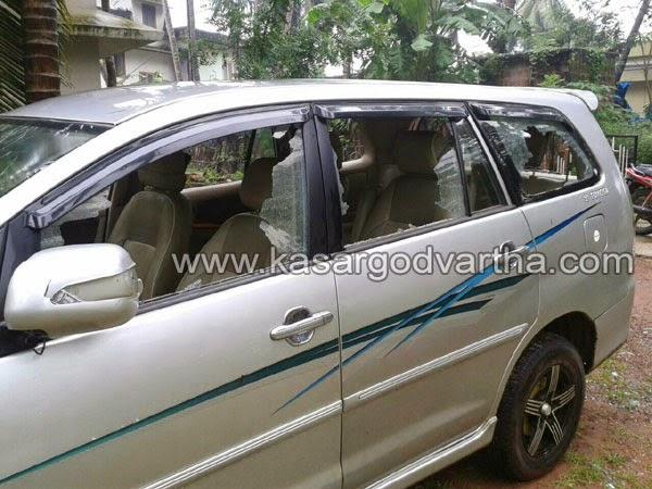 Car, Bekal, kasaragod, Kerala, INL, Muslim-league, Police, case, House, Bekal native's cars attacked, Ansari