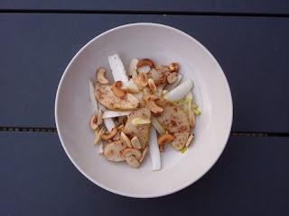 salade-peer-witlof-noten-afbeelding