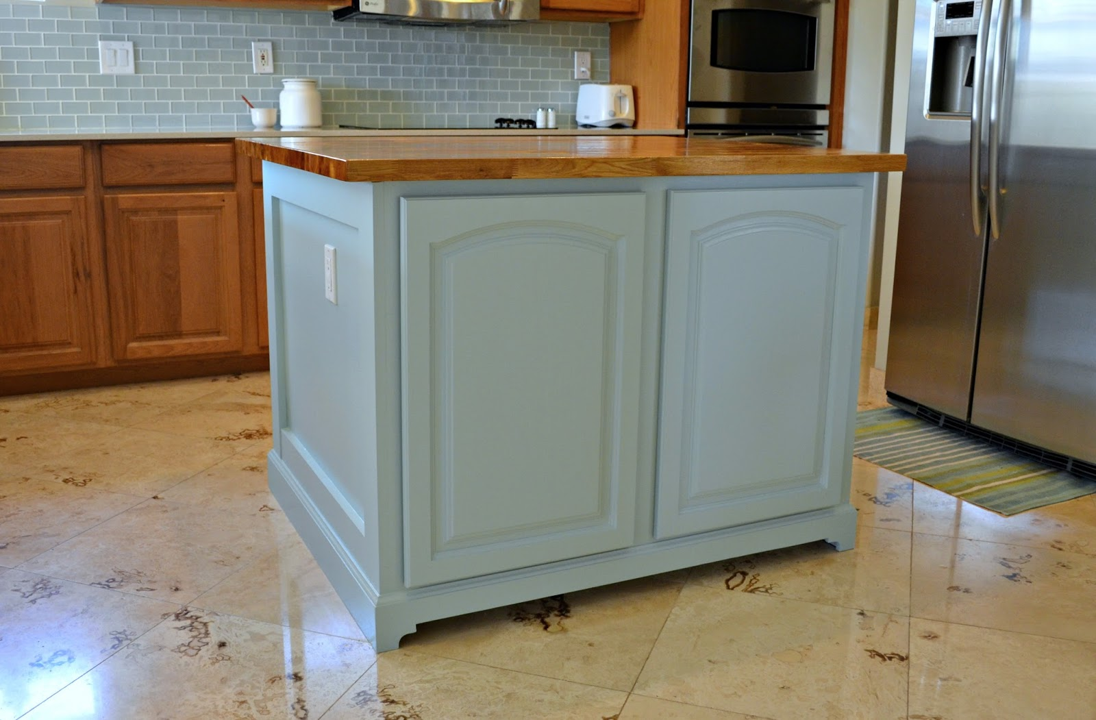 Christine\'s Favorite Things: Kitchen Island Makeover