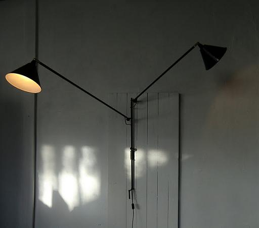 Wo and w collection octobre 2011 - Lampe potence jean prouve ...