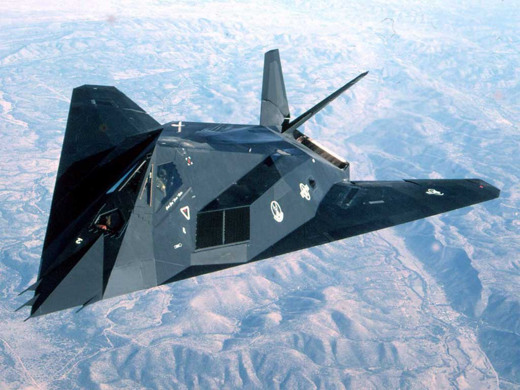 ARMAS MILITARES: Lockheed F-117 Nighthawk