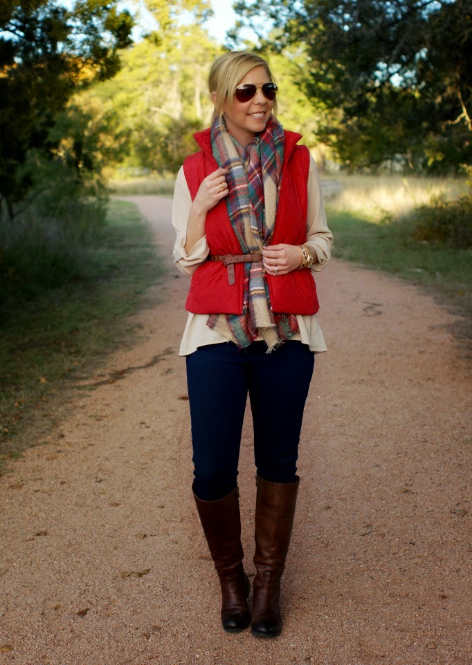 Casual holiday outfit and style ideas