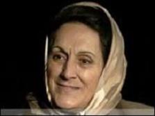 شفیقه حبیبی برنده پنج جایزه  درجه اول ملی  در گوینده گی  و مدال ها و نشان افتخار در ژورنالیزم