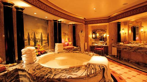 Simple pleasures elegant hotel burj al arab dubai for Burj al arab hotel inside