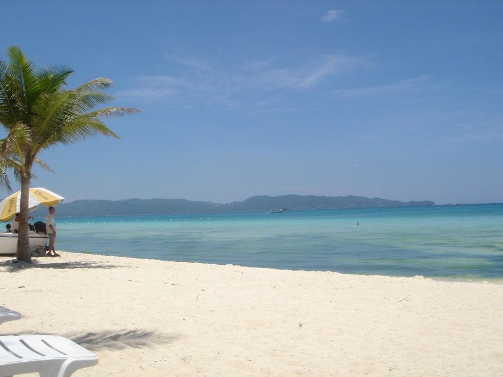 http://4.bp.blogspot.com/-NkXpRqxvAvc/T7z1alaqQ5I/AAAAAAAABko/aDpnUh6gXtE/s1600/most-beautiful-beaches-in-the-world-Boracay-Philippines-1024x768.jpg