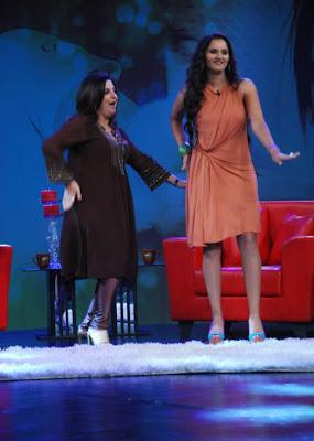 saniya mirza at ndtv tv program hot images