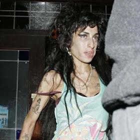 Foto Unik Terbaru Amy Winehouse Death