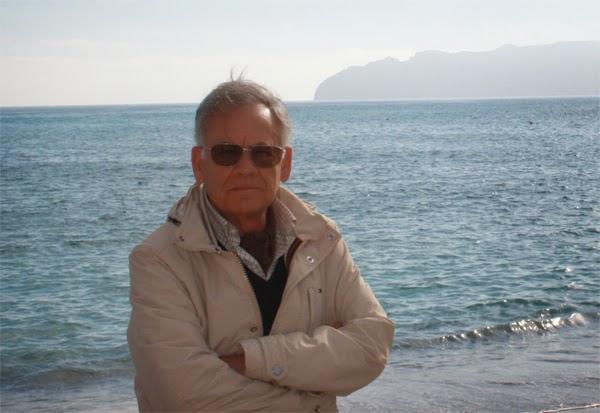 El escritor M. Audije
