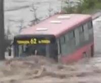 autobus diluvio.JPG