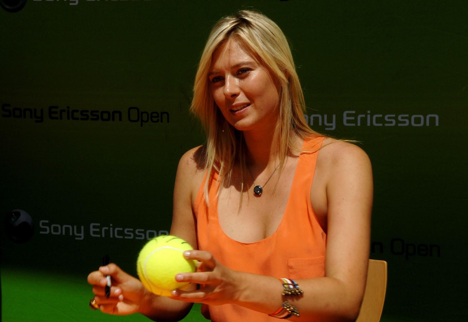 http://4.bp.blogspot.com/-NlIaEBQhMx8/T52FP1_WqBI/AAAAAAAAAYo/meeC6FW5YcI/s1600/Maria+Sharapova.jpg