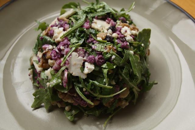Green Urban Kitchen: Shaved Cauliflower Salad