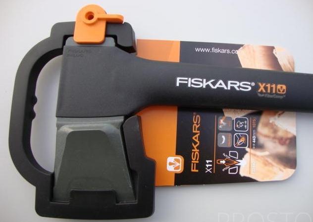 топор-колун Fiskars (Фискарс) X11