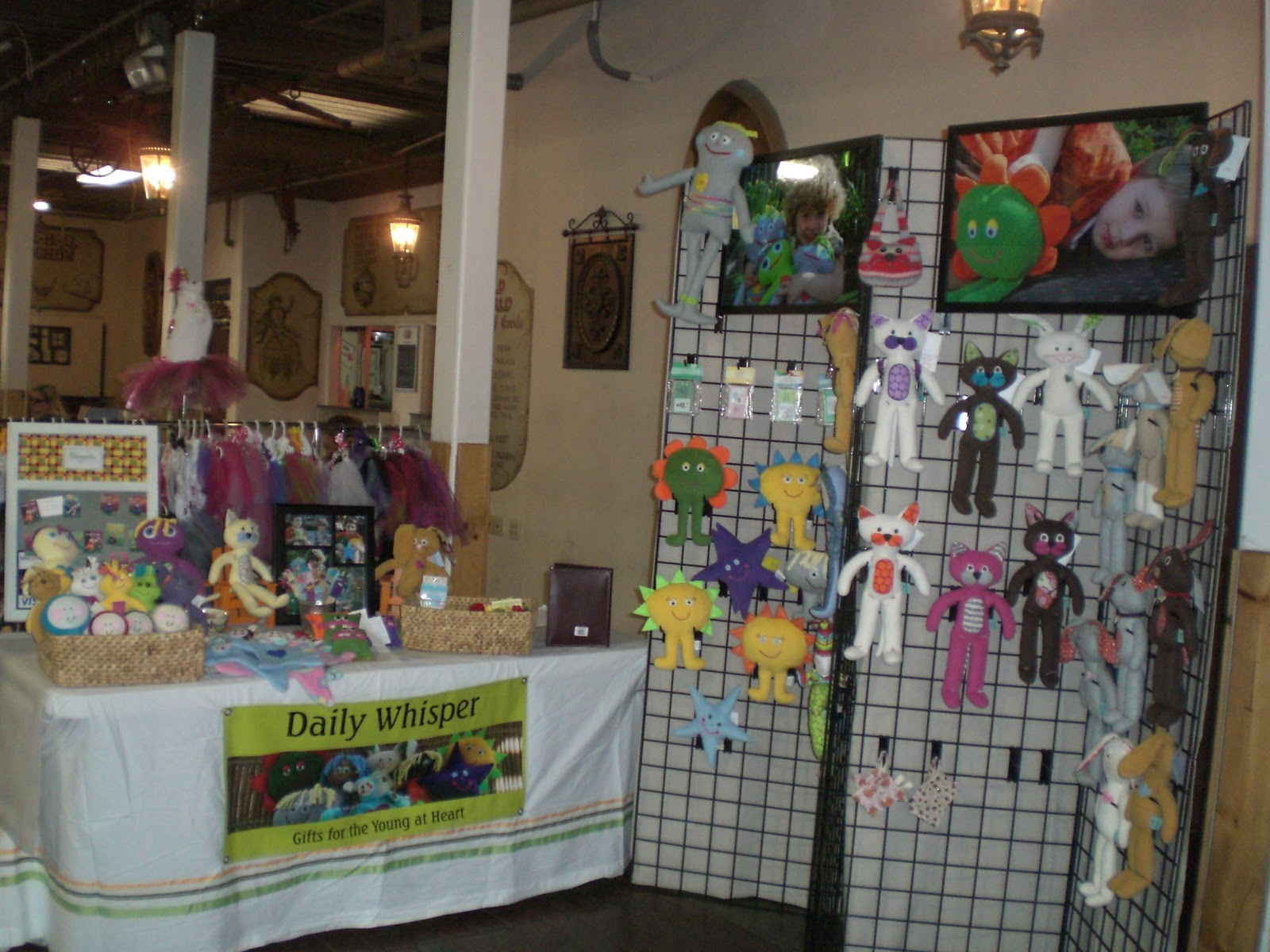 Booth kitchen pic booth ideas for craft show for Craft ideas for craft fairs