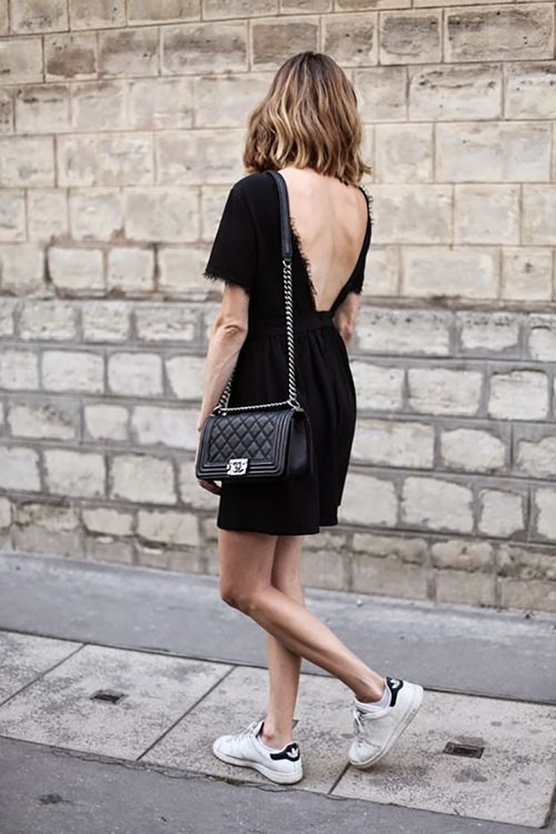 how-to-wear-white-sneakers-stan-smith-streetstyle-chanel-bag-little-black-dress