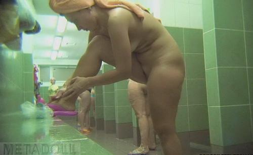 Порно видео скрытая камера бесплатно баня