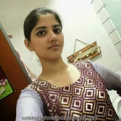 Deshi+girl+real+indianVillage+And+college+girl+Photos034