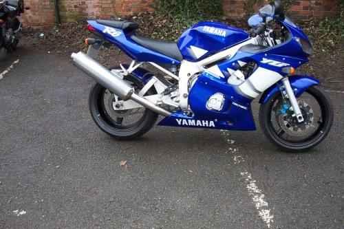 Yamaha Bike In India Xenitis Rock Fastest Sports Bike Bajaj
