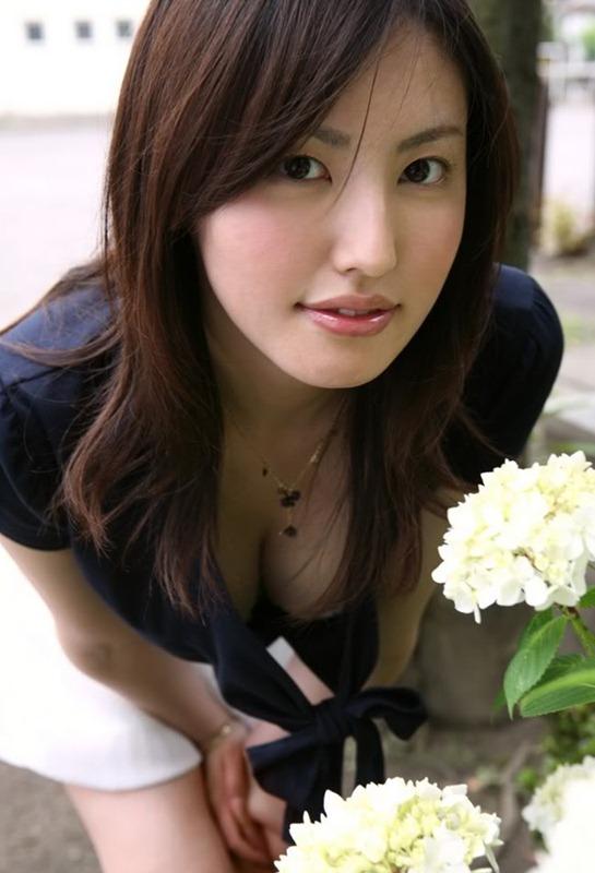 Takako Kitahara Hot Photo