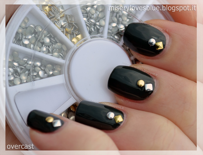 Nail Studs Manicure Tutorial