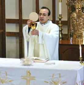 padre Angel Armando Perez