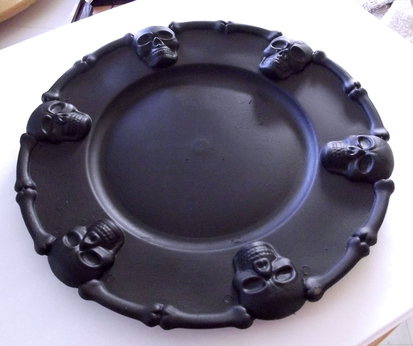 dollar store how to halloween serving tray makeover