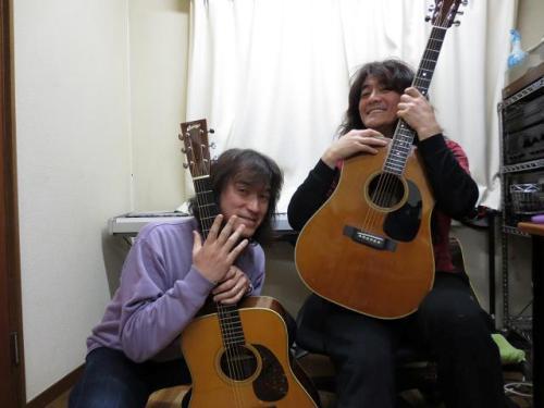 Troubadour Guitars 2nd LIVE TOUR  Copia+de+480628_413095188785354_915131119_n