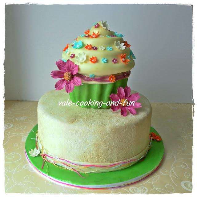 Cooking Fun By Valentina Hochzeitstorte Mit Giant Cupcake Und