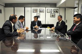 Senador Eduardo Braga garante emendas para a saúde, educação e o Calha Norte