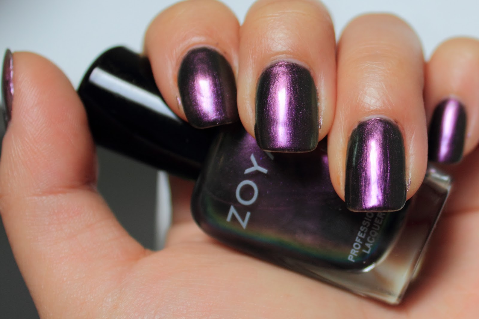 Nunu will blog for chicken wings.: Zoya NOTDs plus discount code