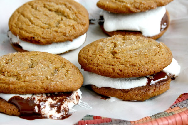 Ginger Crinkle Cookie S'Mores