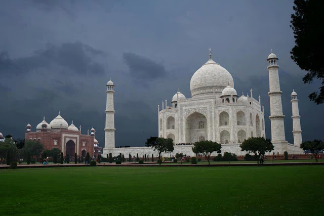 Taj Mahal - Agra - India