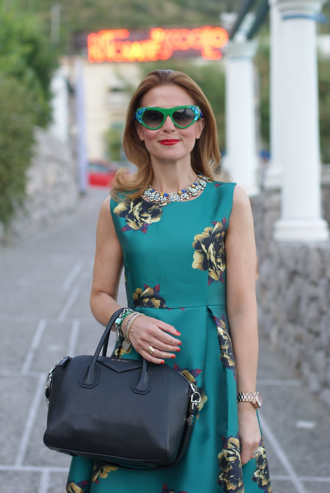 Choies green midi dress and Prada occhiali da sole, Prada Voice sunglasses found on Giarre on Fashion and Cookies fashion blog, fashion blogger style