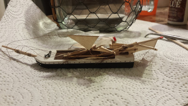 fold down model sails