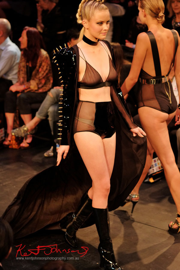 Will Brunton - Gothic Fashion, Raffles College 2012 Graduate Fashion Show Carriageworks, Everleigh Sydney, Fujifilm X-Pro1 XF60mmF2.4R 