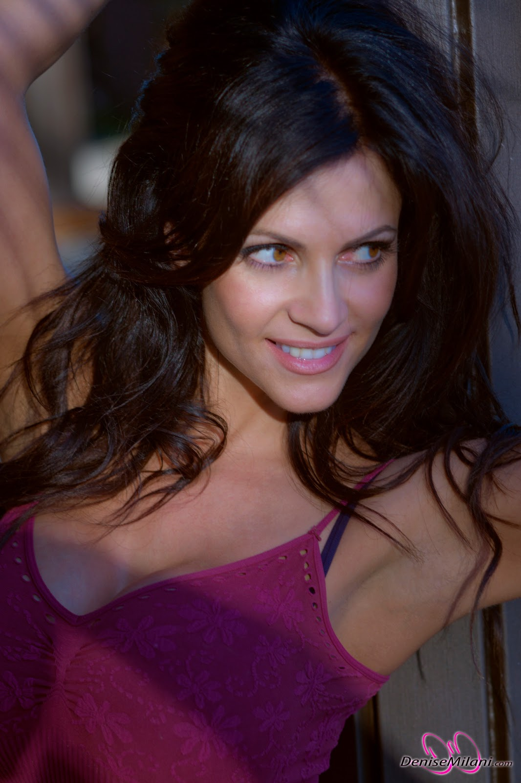 Hot Blog Post Denise Milani In Pink Top