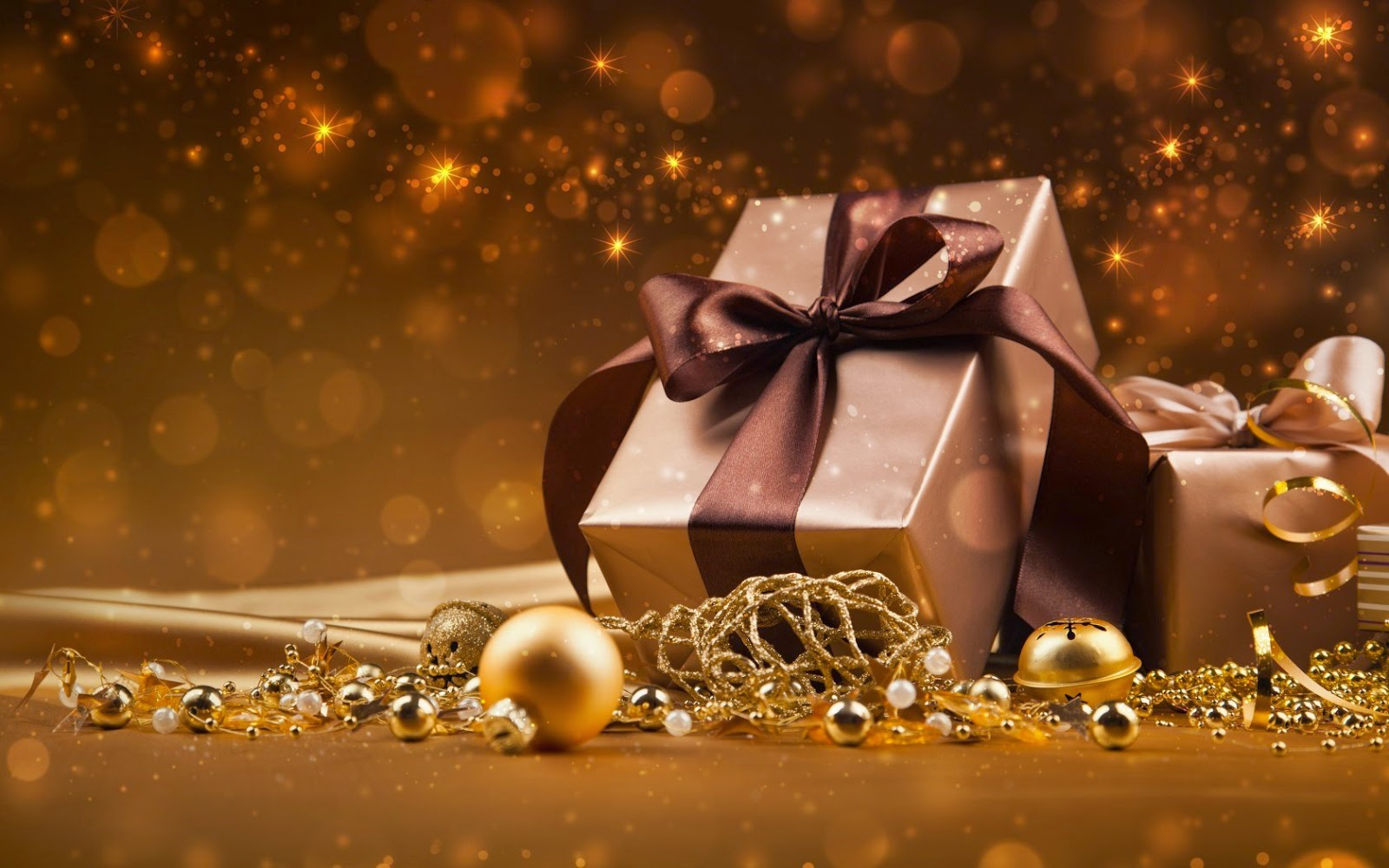 Christmas Gift Guide 2014: For Beauty Lovers | More than beauty ...