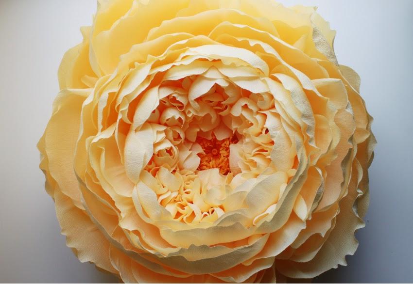 Corner blog giant closed crepe paper peony giant closed crepe paper peony mightylinksfo