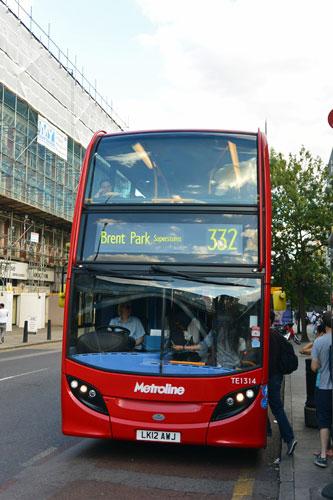 332 London Bus in Kilburn