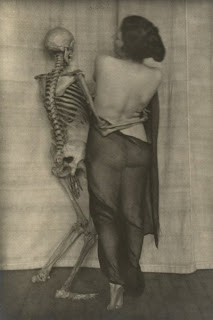 creepy scary weird wtf vintage photo image skeleton necrophilia