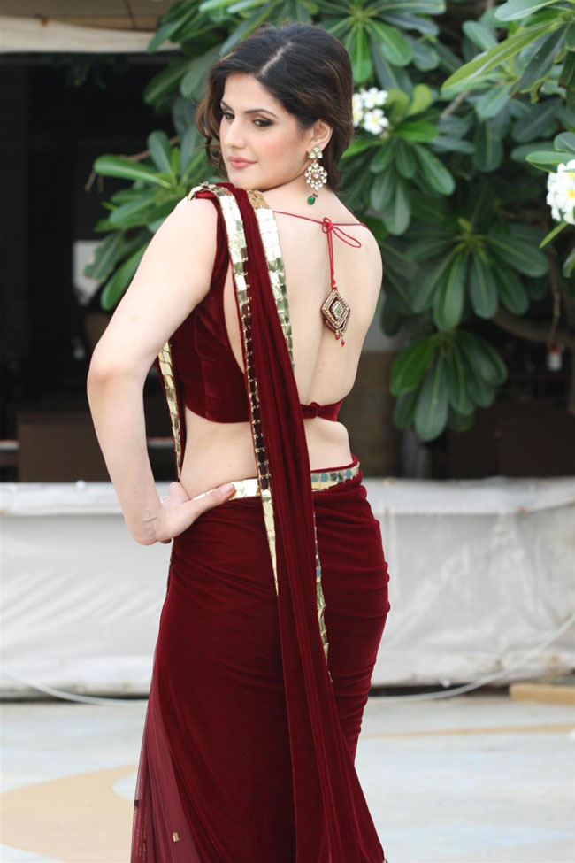 Zarine Khan Hot Imagess In Red Saree Pics