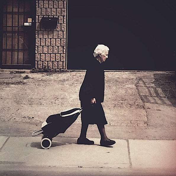 Widow with a Cart © Julia Nathanson